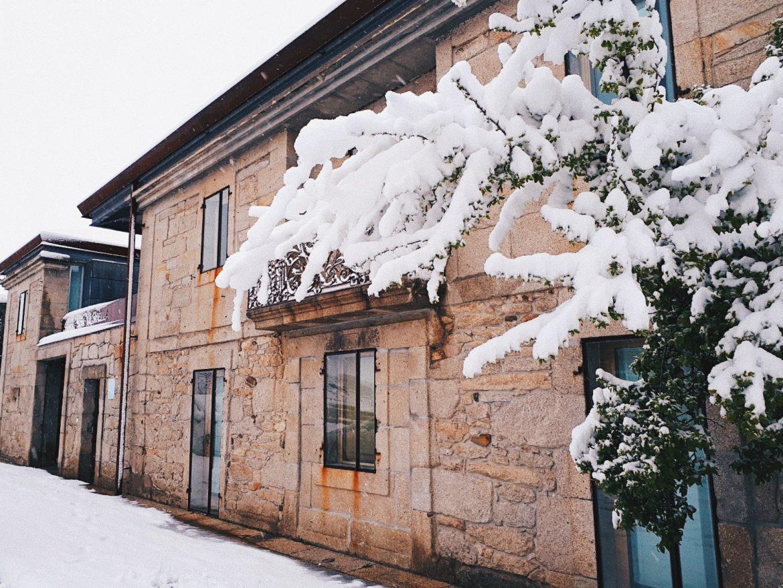 Exterior en invierno de Vilavella Hotel & Spa****