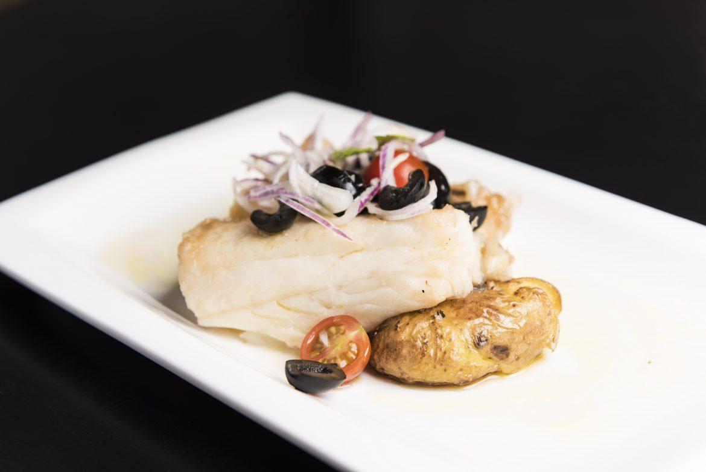 Plato de pescado en restaurante de Vilavella Hotel & Spa****